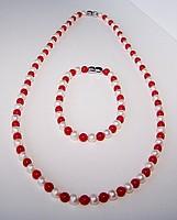 Ожерелье и браслет жемчуг и красный коралл (комплект)