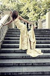 Элитное дизайнерское выпускное платье.  Пошито на заказ, одето 1 раз.