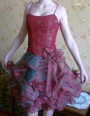 Шикарное новое платье для выпускного,  свадьбы,  другого мероприятия
