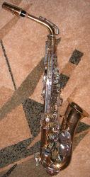 Продам американский саксофон альт Selmer Bundy 2