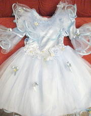 Продам детское платье Мальвины  и Снежинки б/у