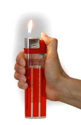 Продам гигантскую антикризисную зажигалку за 5 грн.