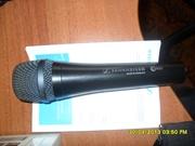 Микрофон профессиональный вокальный