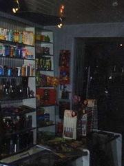 Продам торговое оборудование для магазина непродовольственных товаров.