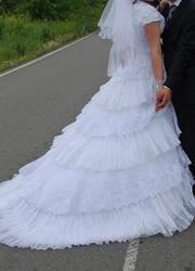 Продам б/у свадебное платье MISS KELLI 101-39 ДЛЯ ДЕВУШКИ С ПЫШНЫМИ ФОРМАМИ
