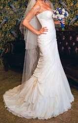 Свадебное платье (цвета айвори)