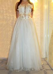 Платье выпусконе (свадебное).