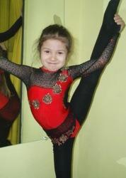 Пошив купальников для художественной гимнастики и танцевальных костюмо