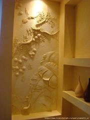 Барельефы и рельефные картины,  рельефная роспись стен.