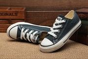 Продам качественную обувь,  сумки,  футболки
