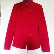 Продам осеннее красное пальто