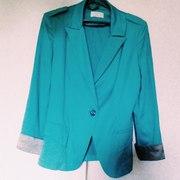 Продам школьный пиджак бирюзового цвета