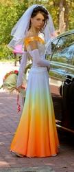 Продам эксклюзивное платье для стильной,  смелой,  уверенной в себе деву
