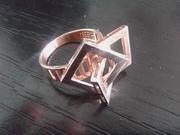 Продам золотое кольцо 585