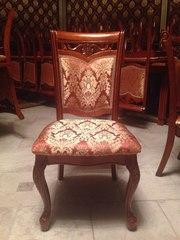Деревянные стулья для кухни или ресторана