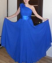 Продам платье вечернее,  выпускной,  день рождения