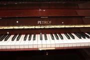 Фортепиано Petrof.