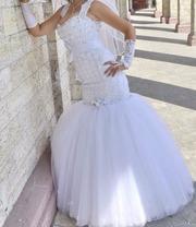 Срочно продам свадебное белое платье рыбка.