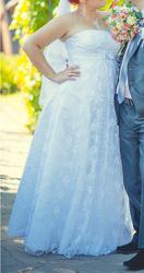 Продам нежное свадебное платье в Синельниково