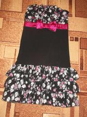 Продам красивое легкое платье без бретелей б/у