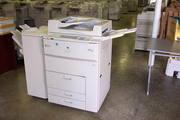 копир-принтер 70 страниц в минуту Ricoh Aficio 700 без картриджа