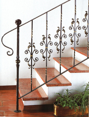 Изготовление лестниц для дома,  офиса и дачи в г.Днепропетровск.